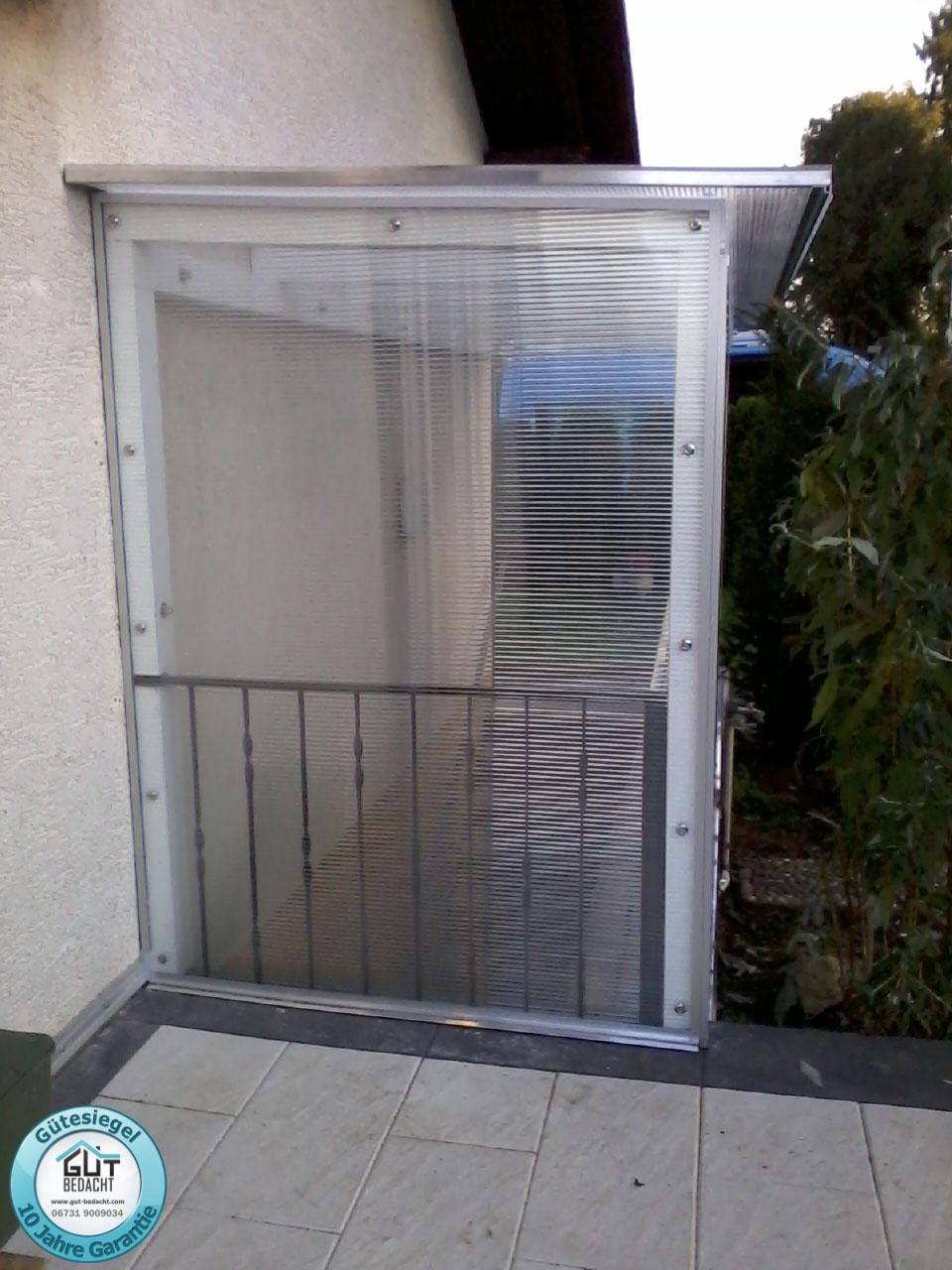 10 mm Stegplatte als Schutz vor dem Keller