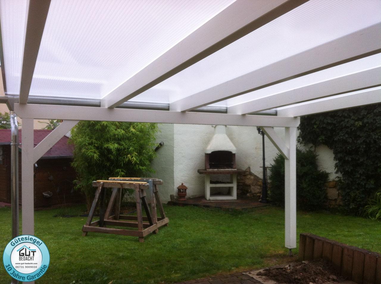 Opal Stegplatten 16 mm Fachwerk als Terrassenüberdachung